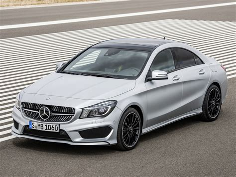 The 5 seater crossover car has 180 mm ground clearance, 2699 mm wheel base and has a fuel tank capacity of. Mercedes Cla 250 Amg Black