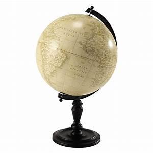 Globe Terrestre Bois : globe terrestre en bois h 77 cm lavoisier maisons du monde ~ Teatrodelosmanantiales.com Idées de Décoration
