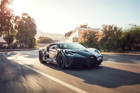 Although we doubt we'll have the privilege to pilot a divo, we have driven the chiron and can only assume its diabolical alter ego—which weighs a claimed 77. Bugatti Divo: Latest News, Reviews, Specifications, Prices, Photos And Videos | Top Speed