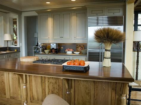 choosing the right kitchen countertops hgtv best countertops kitchen designs choose kitchen