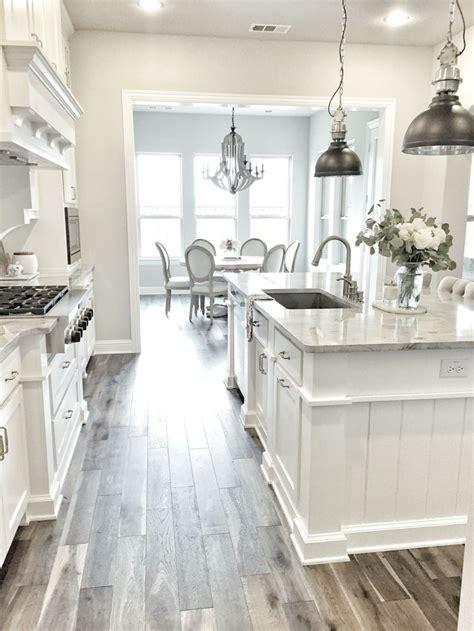 23 Best White Kitchen Design Ideas For White Cabinets