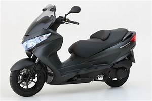 Scooter 125 Burgman : suzuki suzuki burgman 125 moto zombdrive com ~ Gottalentnigeria.com Avis de Voitures