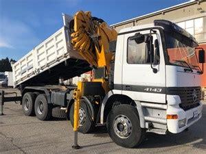 camion mercedes usati camion con gru e ribaltabile