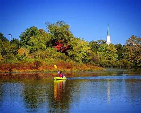 80811 Charles River Canoe And Kayak Coupon by Paddle Boston Charles River Canoe Kayak Fall Paddling