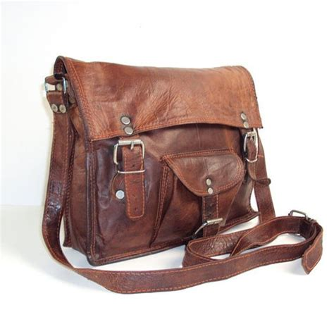 tas wanita tote 3 vintage leather messenger bag etsy www imgkid the