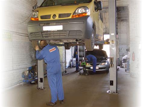 Automašīnu remonts | Trīs partneri