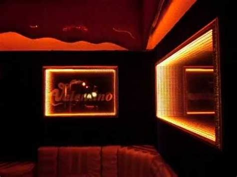 vip booth  infinity mirror  set   wall