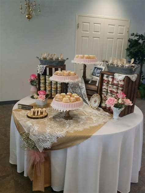 Decorating Ideas For Wedding Rehearsal Dinner by Best 25 Rehearsal Dinner Centerpieces Ideas On