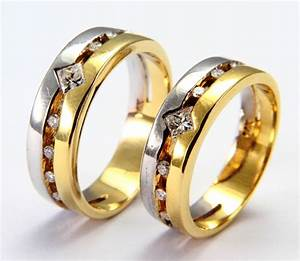 2014 wedding etiquette suggestions customs and With wedding rings pictures