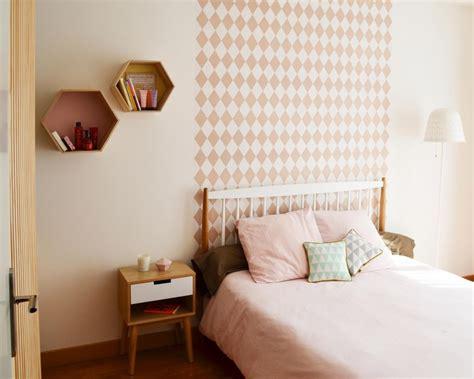 le de chevet chambre adulte les 25 meilleures idées de la catégorie papier peint pour