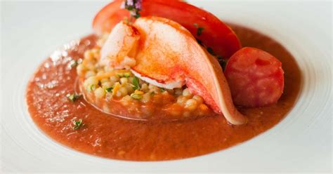 cuisiner un homard congelé homard gaspacho et fregola sarda recette par jehan