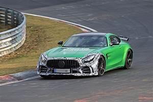 Mercedes Amg Gt Kaufen : mercedes amg gt4 road car rendered with monstrous rear ~ Jslefanu.com Haus und Dekorationen
