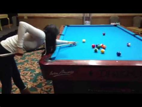 10 ft pool table female pool player pool lesson on 10 foot pool table