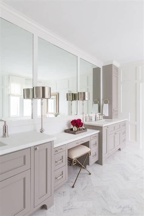 foto de Cabinets Benjamin Moore Willow Creek Room remodeling