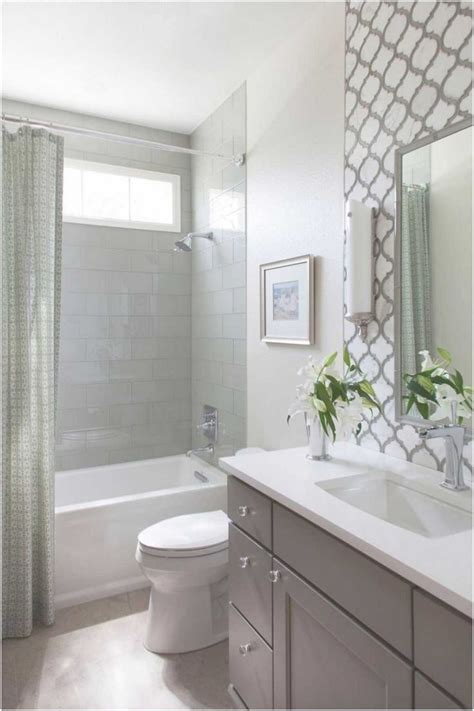 small bathroom ideas with tub best 20 small bathroom remodeling ideas on half