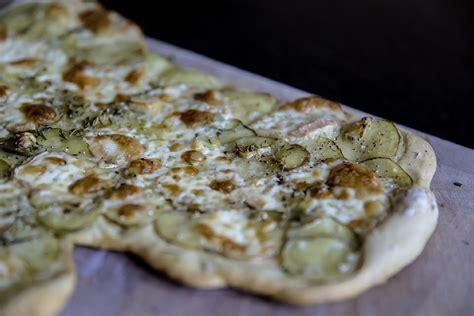 cuisine alsacienne traditionnelle cuisine alsacienne traditionnelle choucroute garnie de