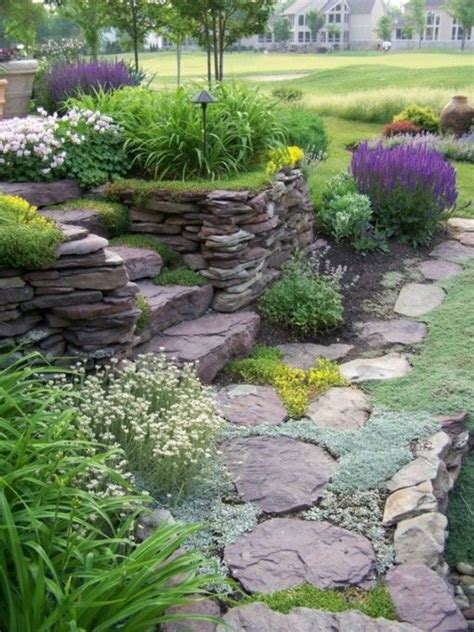 pflanzen für steinmauer steingarten kreativ gestalten 30 bilder und individuelle gartenideen