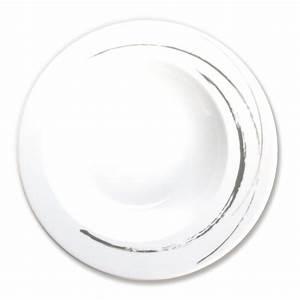 Assiette Originale Moderne : assiette creuse en porcelaine blanche vaisselle moderne et chic ~ Teatrodelosmanantiales.com Idées de Décoration