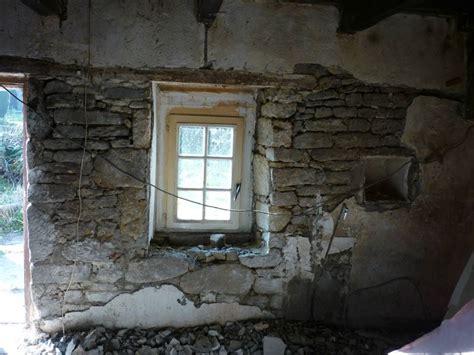 renover mur en interieur mur en tous les messages sur mur en une 232 re moisie pour cr 233 er un nid