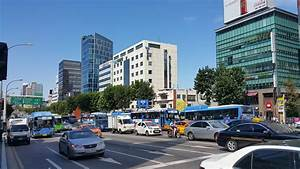 A typical busy afternoon at the #Kyobo Tower intersection ...