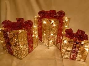 indoor set small gold red parcel light up christmas parcels lights decoration uk gardens co uk