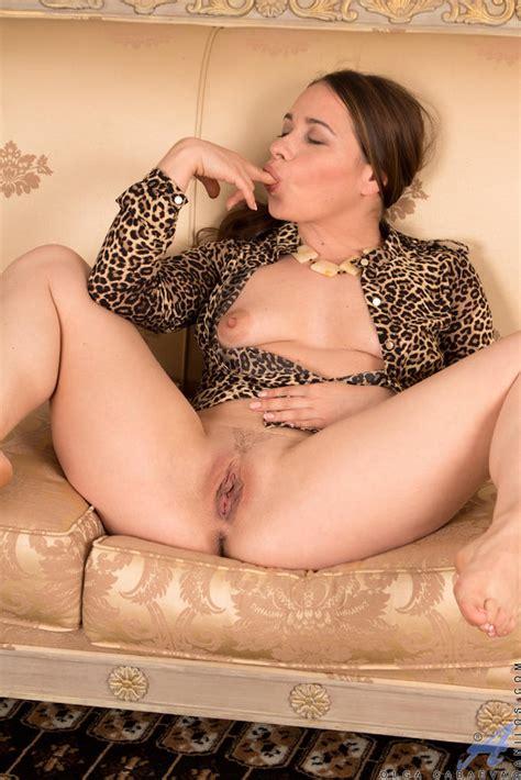 Sexy Milf Patrizia Berger Strips And Masturbates Of
