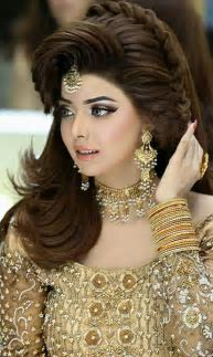 Classy And Easy To Make Walima Hairstyle Ideas For Girls