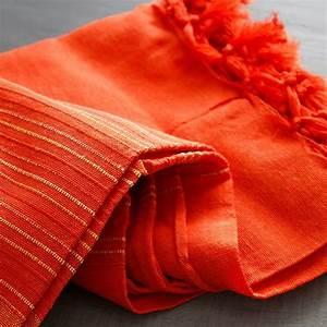 Couvre Lit Indien : tissu indien artisanal jet de canap en coton par pankaj e boutique ~ Teatrodelosmanantiales.com Idées de Décoration