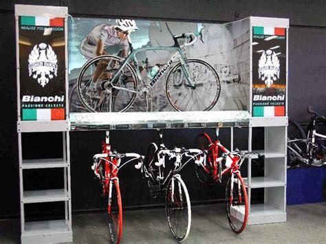 Billboard Design Inspiration retail display mountain bike google search cycling 636 x 477 · jpeg