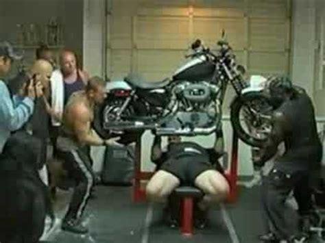Scot Mendelson Insane Harley Bench Press!! Youtube