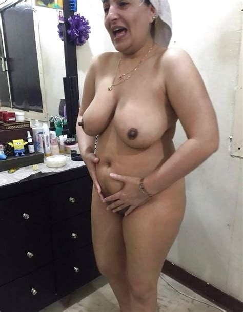 Indian Desi Aunty Nude Photos 15 Pics Xhamster