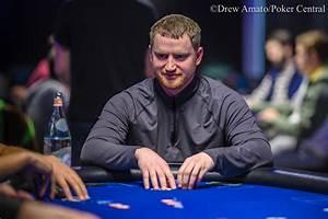 Poker aç final masasında El Casino Mas Famoso yedi klan