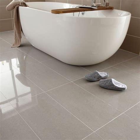 porcelain bathroom tile ideas 25 best ideas about bathroom floor tiles on