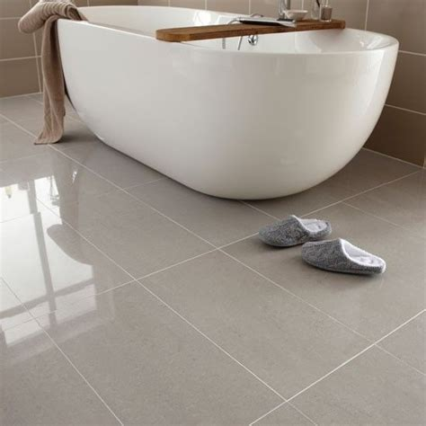 Topps Tiles Bathroom by Regal Porcelain From Topps Tiles Bathroom Flooring
