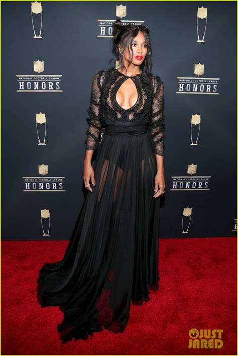 ciara russell wilson   hot couple  nfl honors