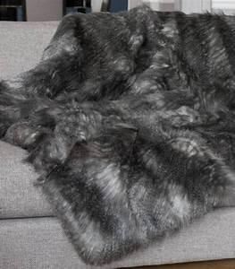 Plaid Fourrure Blanc : plaid fausse fourrure luxe gris 150 x 200 cm plaid ~ Nature-et-papiers.com Idées de Décoration