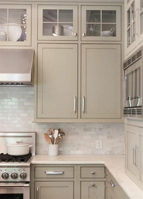 meuble cache poubelle cuisine cache meuble cuisine finest peinture rnovu cuisine with