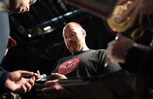 Former champion Fury hints at return to ring