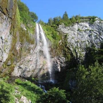 cascade du mont dore la grande cascade du mont dore relais historiques de