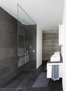 Gallery of house the n lab architects 10 for Porte douche sans seuil