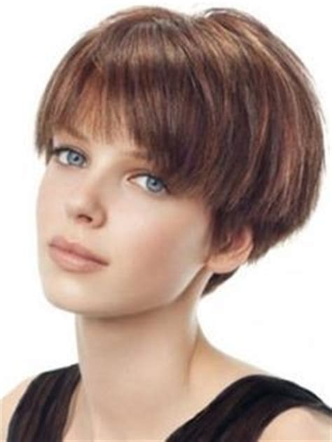 1000  ideas about Wedge Haircut on Pinterest   Short Wedge