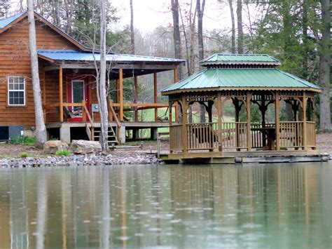 Secluded and Romantic cabin near Cookeville... - VRBO