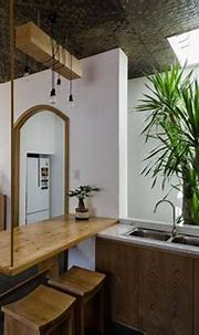 Tropical House Design with Interior Courtyard   Tropical ...