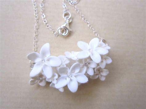 pate fimo fleur collier en pate fimo avec fleurs blanches like a cr 233 ations bijoux en fimo de a fleur de