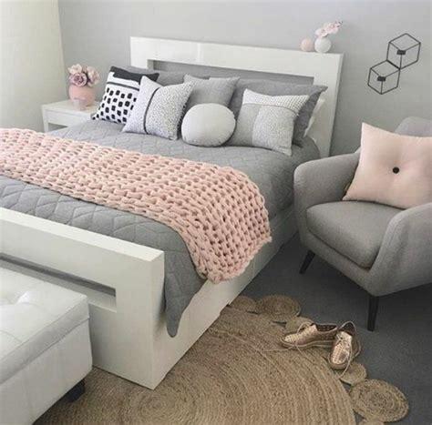 cuisine blanche et grise 1001 conseils et idées pour une chambre en et gris sublime deco chambre blanche
