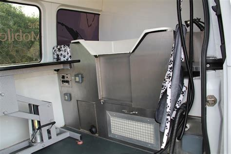 mobile dog grooming van high specification dog