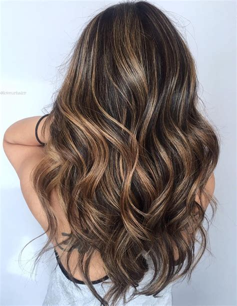 30 Hottest Trends for Brown Hair with Highlights to Nail