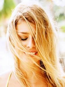 Haare Blondieren Natürlich : haare nat rlich aufhellen 7 schnelle einfache methoden hairstyles makeup haare ~ Frokenaadalensverden.com Haus und Dekorationen