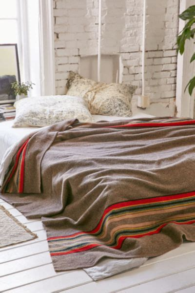 pendleton camp blanket urban outfitters