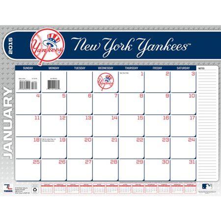"""New York Yankees 2015 22"""" X 17"""" Desk Calendar Walmart"""